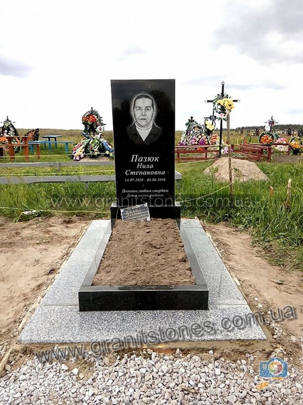 Памятник на могилу эконом