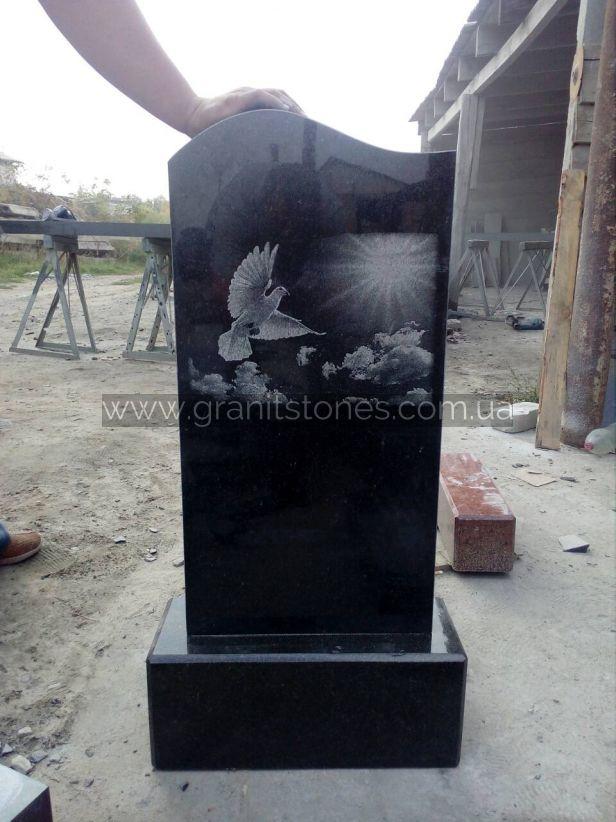 Гранитный памятник на могилу младенцу