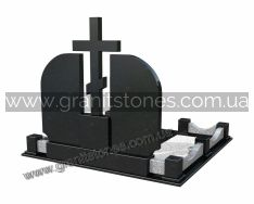 Двойной гранитный памятник с большим крестом