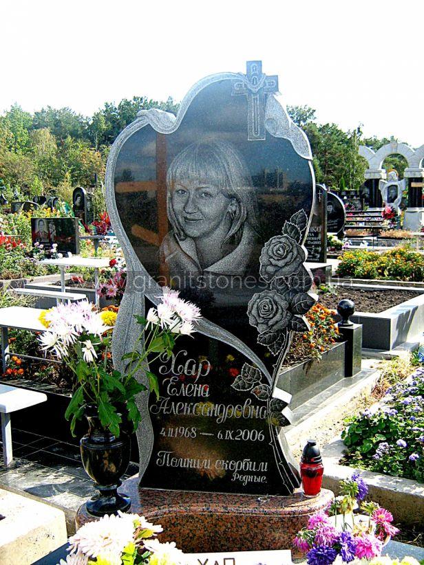 Памятник женщине на могилу в виде сердца с розой