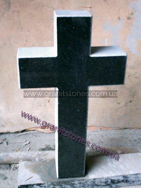 Гранитный крест черный резной