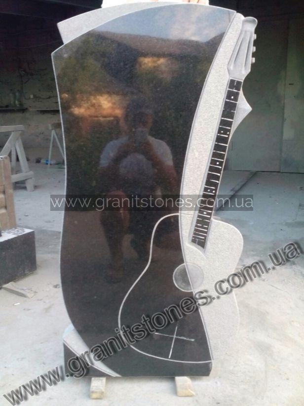 Памятник гранитный в виде гитары