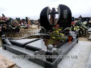 Памятник гранит для двоих с крестом