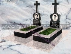 Гранитный памятник двойной с крестами