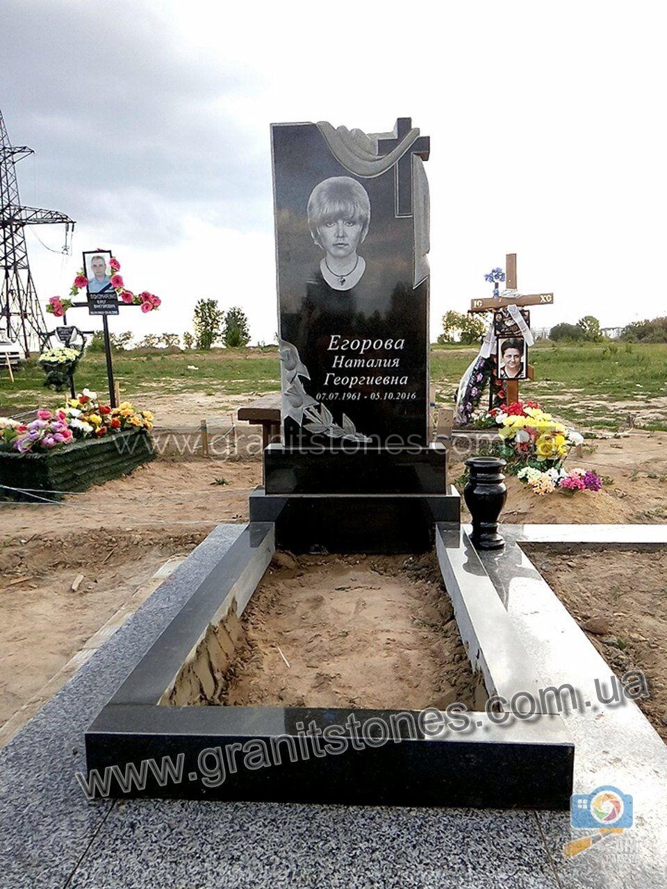 Памятники из гранита крест с рушником памятники цена железногорск
