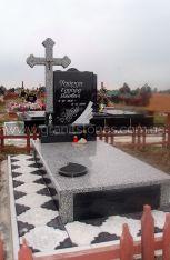 Памятник из гранита серый с крестом и надгробной плитой