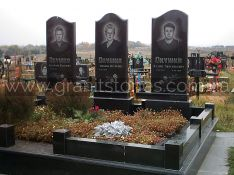 Ограда для могилы из черного гранита