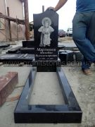 Гранитный памятник для младенца Ангелочек