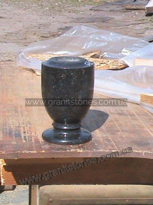 Гранитная черная ваза