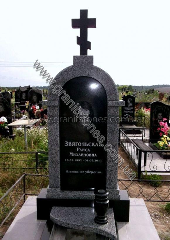 Комбинированный гранитный памятник с крестом